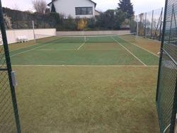 tennisplatzreinigung vorher