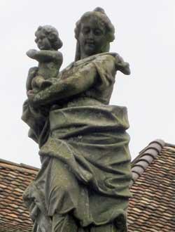 skulpturreinigung zurich vorher
